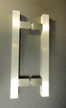 contemporary square shaped stailess door pull