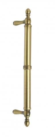 Garnet 3 Door Pull Tubular Round Smooth Grip Center Ring Finials and Straight Post Mounts in Brass